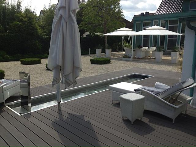 Kiesgarten minimalistisch travem nde heino gamradt for Terrassengestaltung wpc