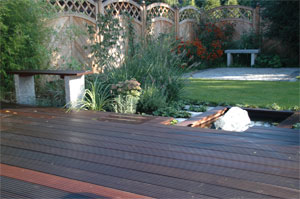 Ein moderner Garten-Stockelsdorf-Planung und Ausführung Heino Gamradt